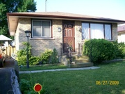 A  3+1 Bedroom bungalow. New Price,  Quick closing,  open to offers
